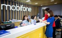 MobiFone tặng quà tri ân khách hàng đồng hành 1/4 thế kỷ