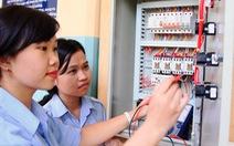 Nữ học kỹ thuật ngày càng 'đắt giá'