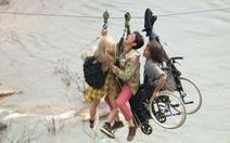 Lật mặt 3 - Ba chàng khuyết vẫn thiếu tiết chế nhưng mà vui