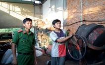 Bột đá, vỏ cà phê nhuộm pin đưa đi tiêu thụ ở Bình Phước