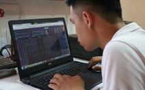 Chứng khoán lại bốc hơi gần 40.000 tỉ, cổ phiếu ngân hàng giảm mạnh