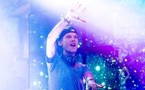 28 tuổi DJ Avicii mất đột ngột, fan đau xót nghe lại nhạc của anh