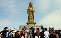 Công ty du lịch Trung Quốc bị tố cáo lợi dụng núi Phật