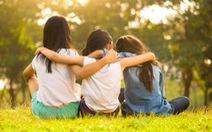 Trường mẫu giáo cấm trẻ gọi nhau là 'bạn thân'
