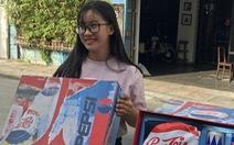 """Giới trẻ Cần Thơ """"sôi sục"""" vì quà chất Pepsi"""