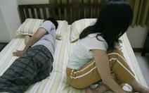 Vợ chạnh lòng khi chồng nửa đêm mới về