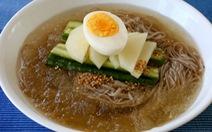 Dân Hàn mê mẩn món mì lạnh Bình Nhưỡng