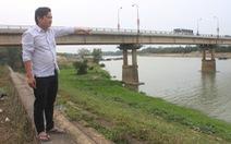 Nhảy cầu cứu cô gái gieo mình xuống sông Chu
