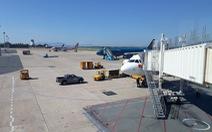 Sân bay Đà Nẵng sửa 1 đường băng, chậm nhiều chuyến bay dịp 30-4