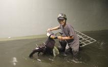 Hầm chui Đà Nẵng 'thành sông' do đang thay hệ thống bơm