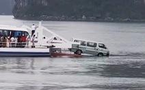 Ôtô suýt rơi xuống biển khi đi phà Gia Luận, Hải Phòng