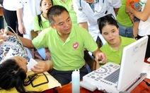 Bác sĩ Nguyễn Lân Hiếu và áp lực 'con ông này, cháu ông nọ'