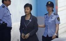 Bản án bà Park chặt đứt quan hệ quyền lực và tập đoàn