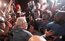 Cựu tổng thống Brazil nộp mình, thụ án 12 năm tù