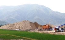 Khánh Hòa dừng cấp phép, xử 'bảo kê' khai thác khoáng sản