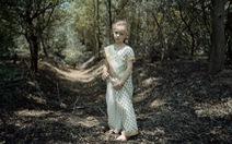 Xách máy ảnh đến Ấn Độ ghi lại cuộc sống giữa rừng cây