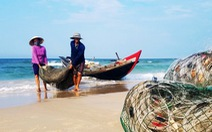 Biển đã sạch sau sự cố Formosa, ngư dân vẫn còn lo