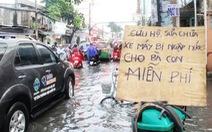 Sài Gòn sang mùa mưa, nhớ lần dắt bộ và lời dặn của người lạ