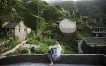 Làng chài phủ thảm thực vật xanh tươi ở Trung Quốc
