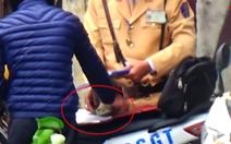 Khẩn trương điều tra nghi án 19 cảnh sát giao thông nhận hối lộ