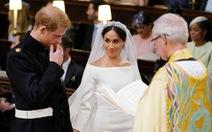 Video khoảnh khắc đáng yêu khi thề nguyện của vợ chồng Hoàng tử Harry