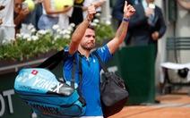 Cựu vô địch Wawrinka chia tay Roland Garros ngay vòng 1