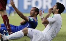5 pha 'cắn cấu đánh' qua mắt trọng tài ở World Cup
