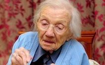Chứng nghẹn ăn ở người già