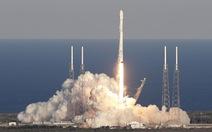 Tên lửa siêu mạnh của SpaceX, thấy lo nhiều hơn thích