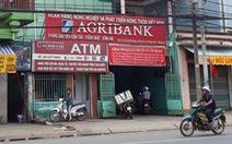 Vay tiền ngân hàng bị ép phải mua bảo hiểm?