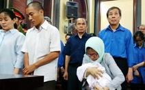 Bị cáo ẵm con sơ sinh đến tòa, ứng xử thế nào cho thỏa đáng?