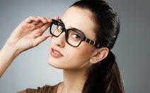 Người đeo kính có thật thông minh hơn người khác?