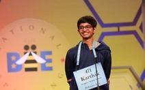 Cậu bé gốc Ấn Độ vô địch cuộc thi đánh vần toàn quốc của Mỹ