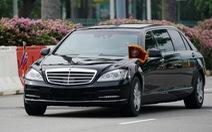 Video đoàn xe của ông Kim Jong Un về khách sạn Regis