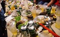Người Việt 'học ăn' để bớt phung phí, tại sao không?