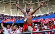 Quyết tâm béo phì để được mua vé ưu tiên xem World Cup