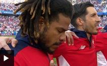Giọt nước mắt lay động cộng đồng của đội trưởng tuyển Panama
