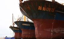 Chủ tàu vỏ thép nằm bờ lại mòn mỏi chờ bồi thường
