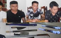 Bắt nhóm thanh niên dùng súng tự chế bắn vào nhà dân