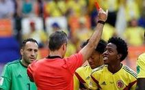 """Carlos Sanchez bị """"ném đá"""" vì thẻ đỏ trận gặp Nhật Bản"""