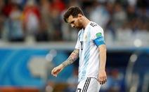 Có yêu cũng đừng đòi Messi tỏa sáng!
