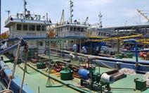 Đổ nợ vì tàu dịch vụ hậu cần nằm bờ
