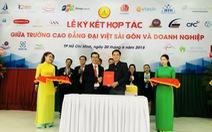 Trường CĐ Đại Việt Sài Gòn ký hợp đồng việc làm với SV ngay khi nhập học