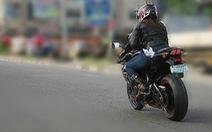 Đội nữ môtô giúp người ở Nigeria
