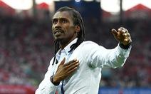 Cisse - HLV 'đẹp lạ' cùng 4 cái nhất tại World Cup 2018