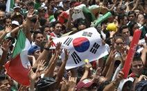 Video fan Mexico kéo tới Đại sứ quán Hàn Quốc nhận anh em