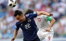 Cư dân mạng tranh cãi về cách đá 'như đi bộ' của đội Nhật