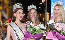 Chi Nguyễn đăng quang Hoa hậu châu Á Thế giới 2018