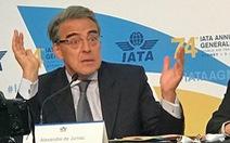 Lợi nhuận ngành hàng không ngược dự báo do giá xăng, tiền lương tăng