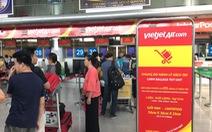 Phạt người ném điện thoại vào mặt nhân viên Vietjet 7,5 triệu